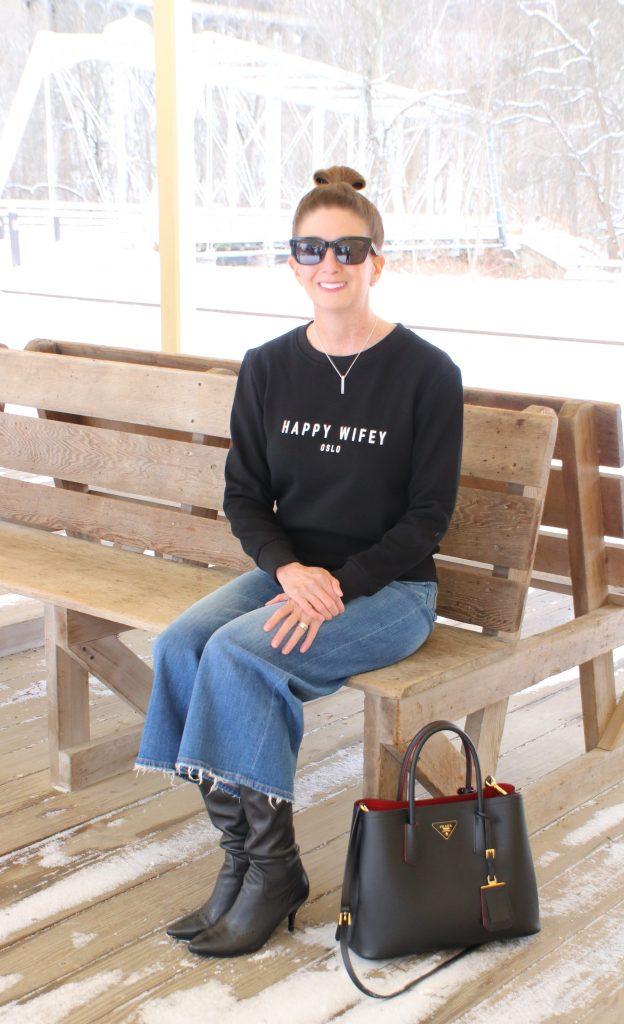 Happy Wifey | Happy Wifey Oslo | Wide Leg Crop Jeans | Casual Outfit | OOTD